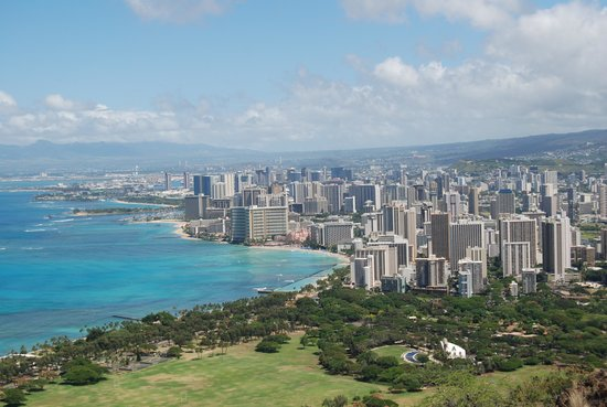 Diamond Head State Monument: Looking at Waikiki Beach