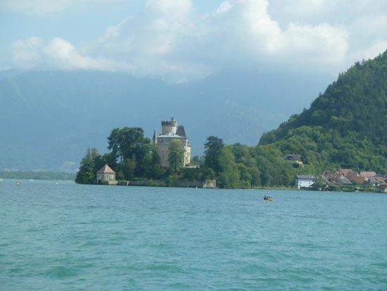 Compagnie des Bateaux du Lac d'Annecy : paysages autour du lac