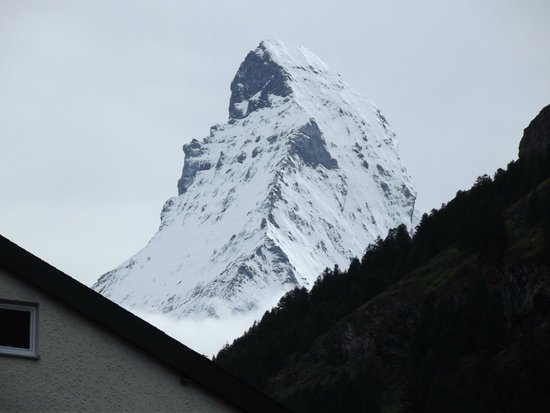Hotel Sarazena : View of the Matterhorn from our balcony