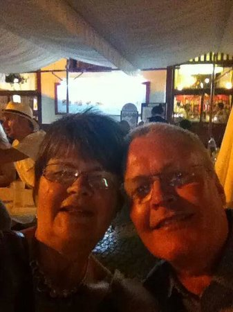 Restaurante Portarade: alfresco dining at the superb Portarade Restaurant, Ferragudo.