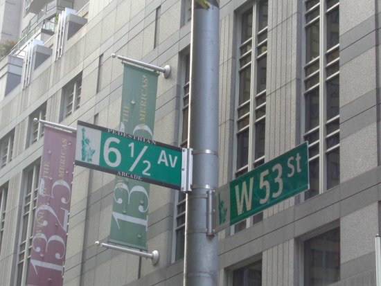 Sheraton New York Times Square Hotel: 6 1/2 Ave!!!!