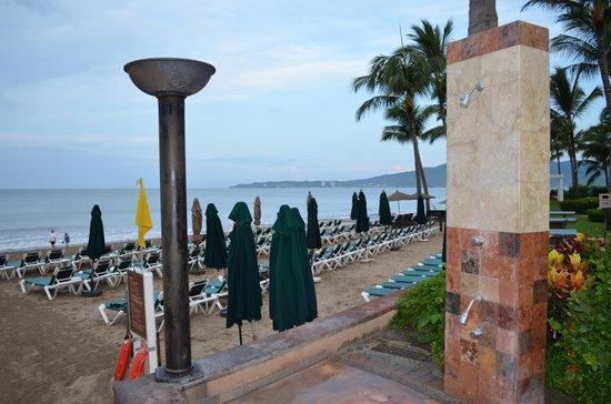 Villa Del Palmar Flamingos Beach Resort & Spa Riviera Nayarit: The beach area early in the morning