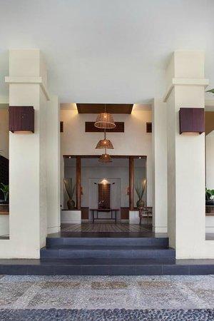 Billiton Hotel and Klub: Lobby