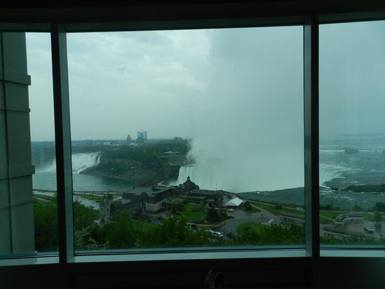 Niagara Falls Marriott Fallsview Hotel & Spa: Our view was amazing!!