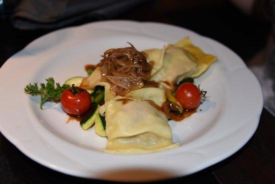 Restaurant Hirsch: good