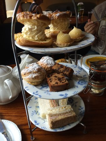 Deans Place, Country Hotel and Restaurant: Excellent Afternoon Tea