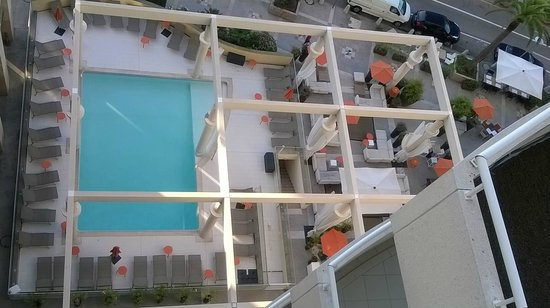 Riviera Marriott Hotel La Porte de Monaco : Beautiful Pool