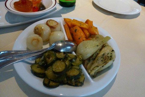 Trattoria Dal Gal: de bijbestelde warme groenten bij hoofdgerecht van ons 2