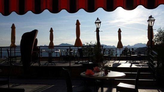 Panoramic Restaurant: Dîner sur la terrasse