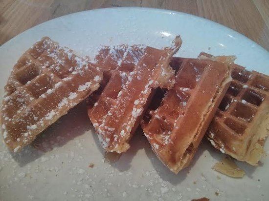 Wildberry Pancakes and Cafe : Belgian Waffles