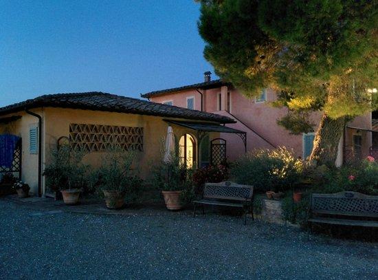 Antico Borgo il Cardino: La camera con veranda