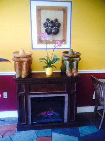 Fiesta Bar and Grill Mexican Restaurant : Warm environment with Latin charm