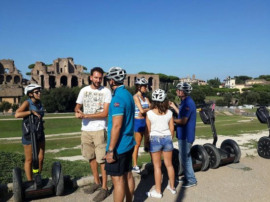Rex-Tours The Rome Experience: Lorenzo is the Man ��