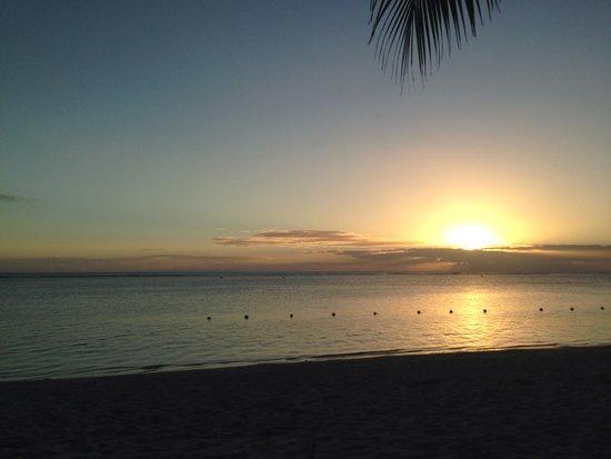 Sugar Beach Resort & Spa : Sunset