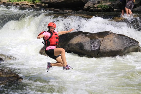 Chattooga River: Jumping into the rapid at Bull Sluice