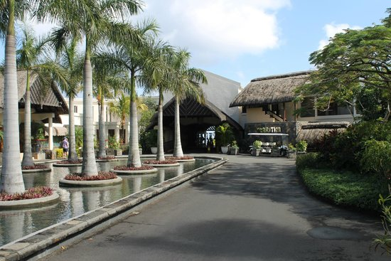 Maritim Resort & Spa Mauritius: Hotel Entrance