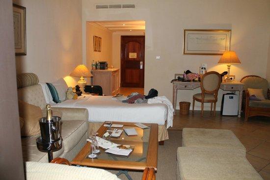 Maritim Resort & Spa Mauritius: Excuse mess (teenage daughter)