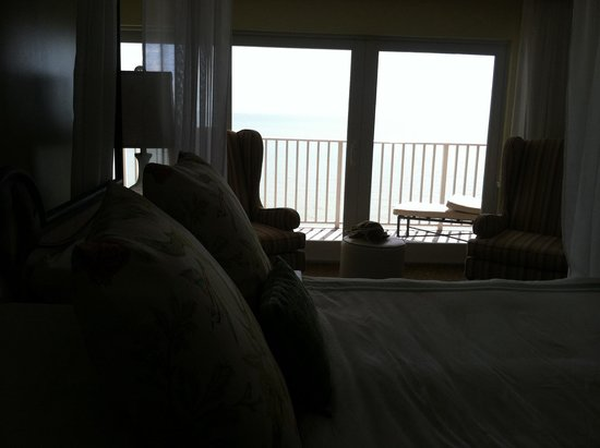 LaPlaya Beach & Golf Resort, A Noble House Resort: Ocean view from bedroom of suite