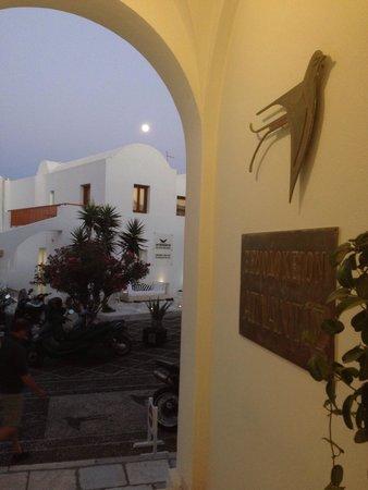 Atlantis Hotel: Full Moon, from the entrance