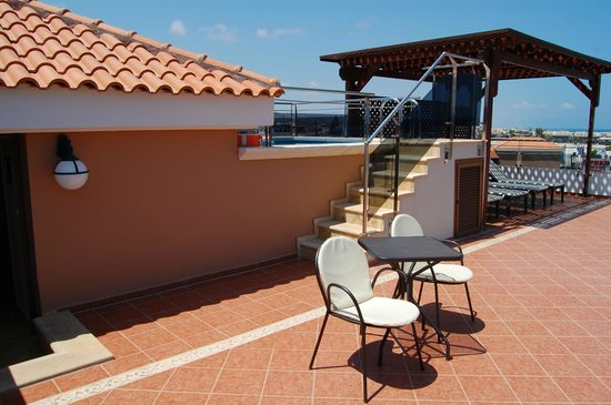 Atlantica Sensatori Resort Crete: Terrace