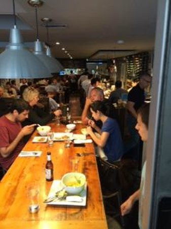 Khao San Road: Seated at big table with 2 other couples