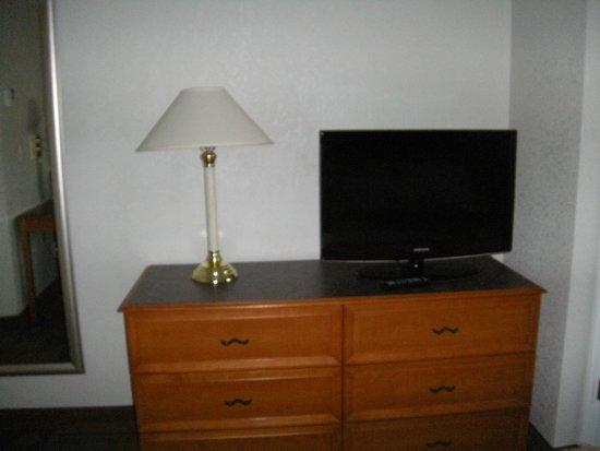 La Quinta Inn & Suites San Francisco Airport North: 1 King Bed Room