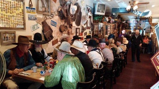 Lone Spur Cafe: cowboys enjoying breakfast