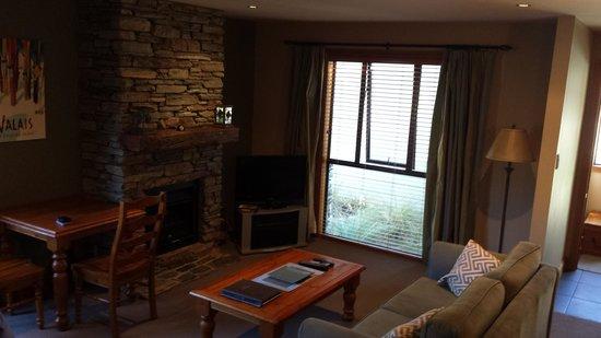 Wanaka Luxury Apartments: Living Area