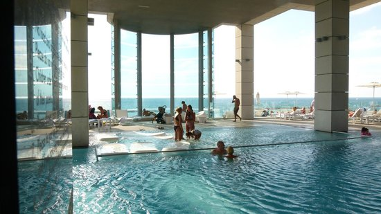 Royal Beach Hotel Tel Aviv by Isrotel Exclusive Collection: The  pool