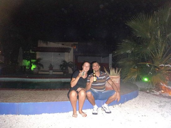 Villa Punta Salina: Piscina no patio