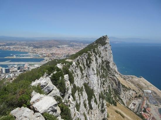 Gibraltar Cable Car : the rock