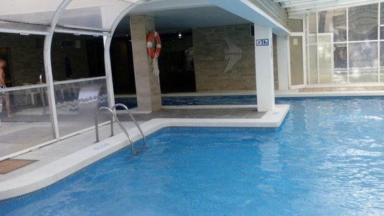 Hotel GHT Aquarium & SPA: Piscine couverte