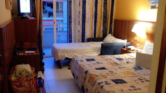 Hotel GHT Aquarium & SPA: Chambre