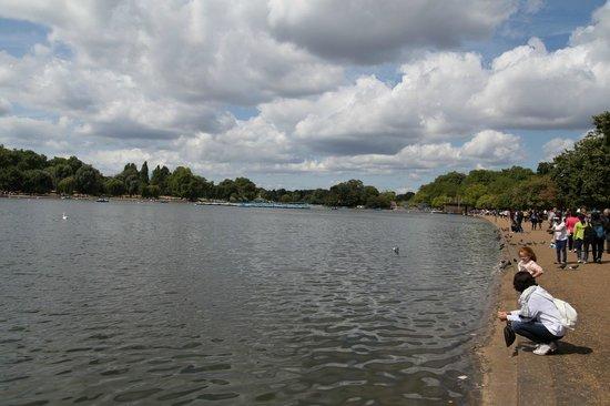 Hyde Park - Lake