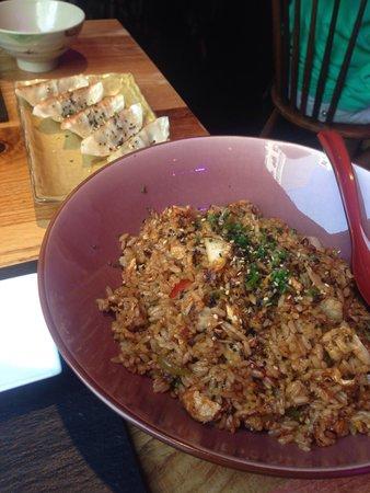 Shibui Bilbo: El arroz y las empanadas gioza