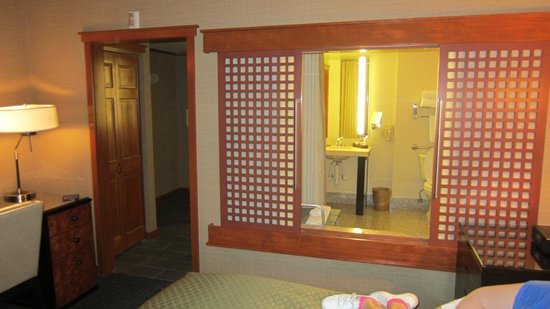 Salish Lodge & Spa : Bathroom