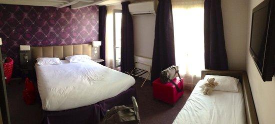 Hotel Massena: Notre chambre triple (504) ça peut servir!