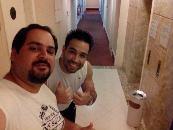 Portobello Ondina Praia Hotel: Selfie no corredor!