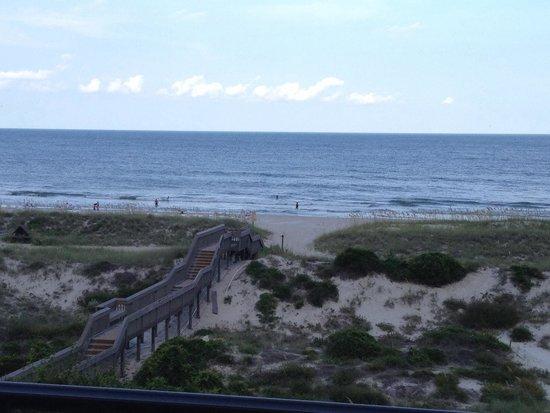 The Ritz-Carlton, Amelia Island: Boardwalk/beach view from balcony