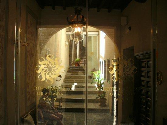 Hotel Casa 1800 Granada: Entrance