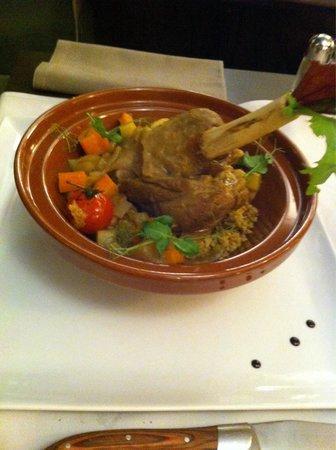 Brasserie 1802 : Souris d'agneau en tagine.