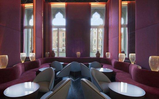 SINA Centurion Palace: Bar
