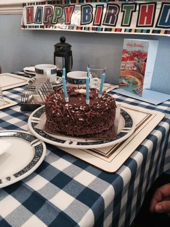 Blue Waters Lodge : Surprise Cake and Card for my Birthday!