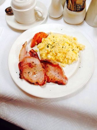 The Barley Field : Breakfast-Bacon and Egg