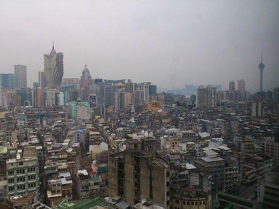 Sofitel Macau At Ponte 16: 部屋からの眺め
