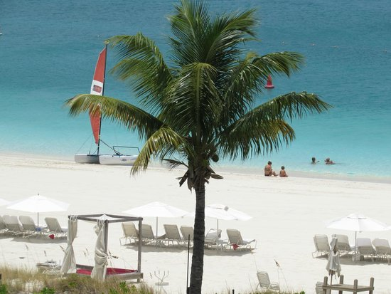 Grace Bay Club: Beach