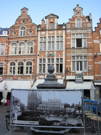 Old Market Square : Oude Markt for 1914 War Anniversary