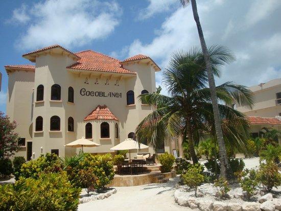 Coco Beach Resort : Coco Blanca Restaurant.