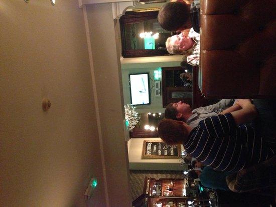 Mathers Bar: Bar