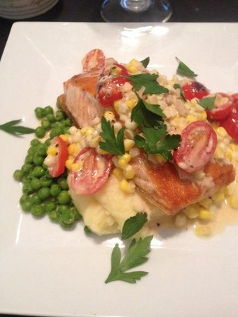 LuLu's at The Thompson House : Pan roasted salmon with blistered tomato and corn Beurre Blanc